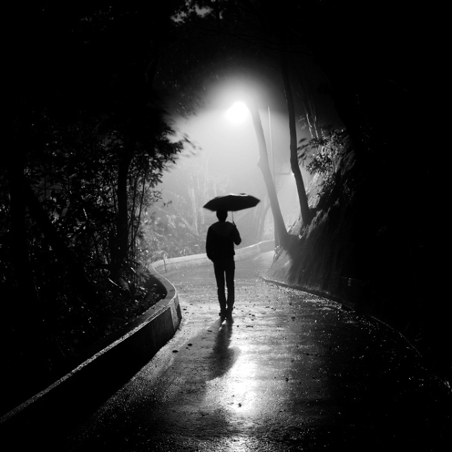 dark rainy night essay The eerie darkness of that night would never escape my memory i clearly  remember  sweet-smelling rain-washed darkness, sky freckled with stars  smudgy.